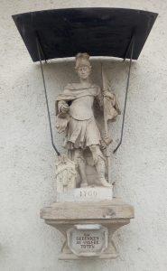 Die St. Florian-Statue am Feuerwehrhaus